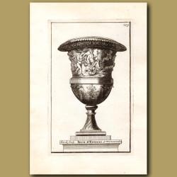 Marble vase with Children